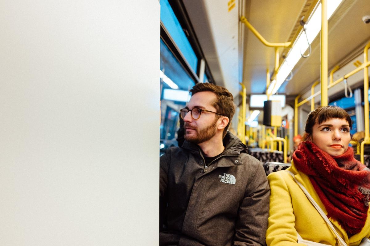 Marcel & Cecilia in der Tram